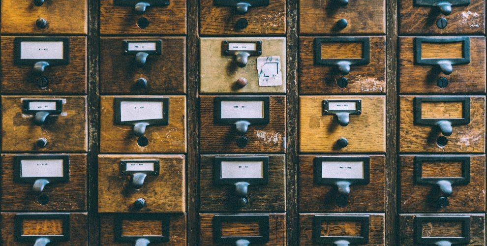 Co można znaleźć w szafie nastolatka?